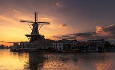 Haarlem sunrising - You can follow my work at... https://www.jokinromero.com https://www.facebook.com/jokinromerophotography https://instagram.com/jokinrom/