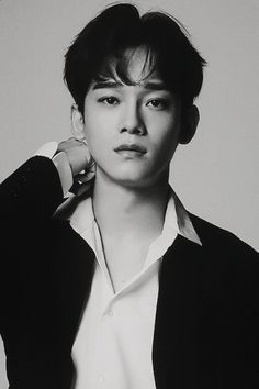 Find images and videos about exo, Chen and kim on We Heart It - the app to get lost in what you love. Daejeon, K Pop, Baekhyun Chanyeol, Kris Wu, Exo Ot12, Chanbaek, Exo Official, Exo Lockscreen, Xiuchen