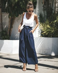 Swans Style is the top online fashion store for women. Mode Outfits, Chic Outfits, Fashion Outfits, Jeans Fashion, Grunge Outfits, School Outfits, Fashion Tips, Spring Summer Fashion, Spring Outfits