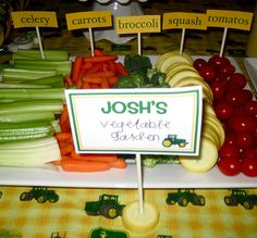veggie platter from http://kamibuchanan.blogspot.com/2011/01/john-deere-birthday-party.html