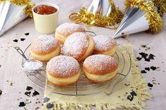sütnijó! – Kipróbált sütemény receptek - Farsangi fánk Mousse, Brownies, Hamburger, Panna Cotta, Bread, Food, Cake Brownies, Dulce De Leche, Brot