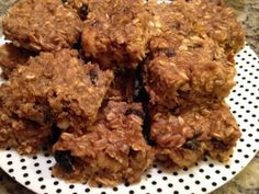 healthy peanut butter banana oatmeal bars--only 1/4 cup brown sugar in the whole recipe! this might be tomorrow's project :)