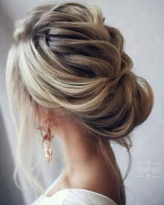 Loose & Romantic Wedding Hair from Tonystylist ~ such a pretty loose updo style. wedding hair inspiration - hair up - up do - Celebrate the Occasions Cedar City Utah Updos For Medium Length Hair, Medium Hair Styles, Short Hair Styles, Hair Medium, Updo For Long Hair, Updo Styles, Best Wedding Hairstyles, Up Hairstyles, Hairstyle Wedding