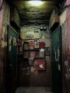 Entrance ways like this are tucked into numerous nooks and crannies in Hong Kong. Looking at them again now as I try to imagine what ghosts might loiter here. Its kinda beautiful in a painful way Kowloon Walled City, City Painting, Oil Painting Abstract, Urban Photography, Street Photography, Calligraphy For Beginners, Cyberpunk City, Abstract City, Usa Tumblr