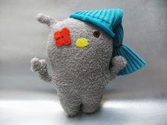 Kuschelmonster mit Mütze von polly plüsch auf DaWanda.com