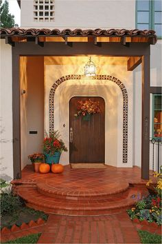 Spanish style homes – Mediterranean Home Decor Mediterranean Homes Exterior, Mediterranean House Plans, Mediterranean Architecture, Mediterranean Decor, Spanish Style Homes, Spanish House, Spanish Revival, Apartment Therapy, Rustic Staircase