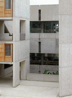 Salk Institute, La Jolla, California, by Louis Kahn Concrete Architecture, Space Architecture, Classical Architecture, School Architecture, Architecture Details, Louis Kahn, Concrete Houses, Modern Masters, Brutalist