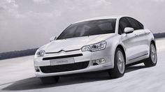 The Citroën C5 Saloon has superb soundproofing to keep you and your passengers travelling smoothly.
