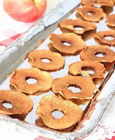 Knapriga, nyttiga äppelchips med kanel – klicka här för recept!