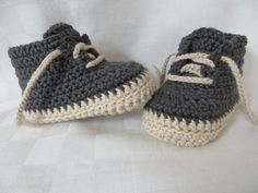 Häkelanleitung, Babyschuhe in 4 Größen Converse All Star, Crochet Baby, Diy And Crafts, Baby Shoes, Baby Boy, Booty, Clothes, Michigan, Fashion
