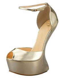 With Giuseppe Zanotti, heelless shoes go mainstream
