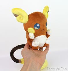 I made Alola Raichu plush!
