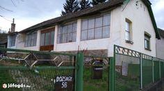Szekszárdtól 14km-re, Alsónánán parasztház eladó