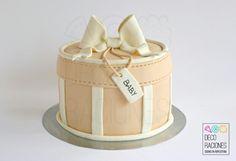 Baby Shower Cake/ Tarta Baby Shower by DECO RACIONES decoracionesreposteria.wordpress.com