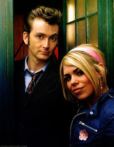 Billie Piper (Rose Tyler) and the Doctor (David Tennant), The Idiot's Lantern