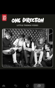 Can we all just talk about how beautiful the cover picture for the little things video is? We've got Narry just.being Narry! Zayn making is 'Vas Happenin' face Laim's jaw line, and Boo Bear giving his real smile! One Direction Little Things, One Direction Videos, One Direction Pictures, I Love One Direction, Songs 2013, One Day I Will, Thing 1, Indie Pop, Cover Pics