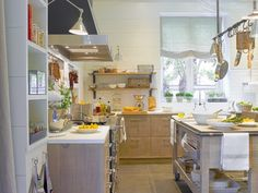 MICASA Una cocina de Estilo rustico 1