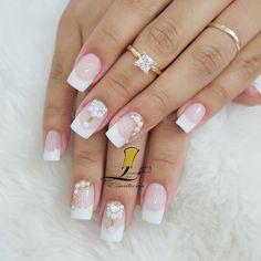 Joias Pink Nail Designs, Manicure Y Pedicure, Bridal Nails, Nail Art Hacks, Nailart, Makeup, How To Make, Wedding, Beauty
