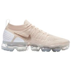 Your one stop shop destination for athletic inspired shoes and clothes for men, women and kids. Awesome deals and exclusive styles from Jordan, Nike, adidas, and more! Air Max Sneakers, Sneakers Nike, Cream Shoes, Foot Locker, Women's Feet, Nike Air Vapormax, Athletic Wear, Sports Shoes, Nike Huarache