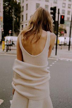 Céline |Minimal + Chic | @CO DE + / F_ORM
