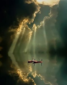 Light and Shadows, Taiwan ~ captured by Chian Tsun Hsiung, que maravilla, navegar por ese cielo! Beautiful Sky, Beautiful World, Beautiful Images, Amazing Photography, Landscape Photography, Nature Photography, Playground Photography, Cool Photoshop, Light And Shadow