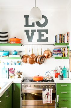 LOVE kitchen love the green