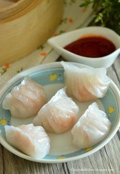 Copycake Kitchen: Har Gow (Shrimp Dumplings) 虾饺