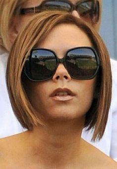 34 Sexy Victoria Beckham's Bob Hairstyles - Hairiz Haircuts For Fine Hair, Best Short Haircuts, Hairstyles For Round Faces, Short Hairstyles For Women, Curly Hair Cuts, Short Curly Hair, Short Hair Cuts, Curly Hair Styles, 2015 Hairstyles