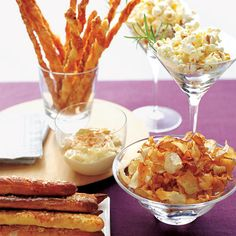 Fashionable eats. Stylish appetizers for the wedding reception