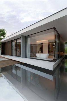 House with piano 6 espejos en agua ...
