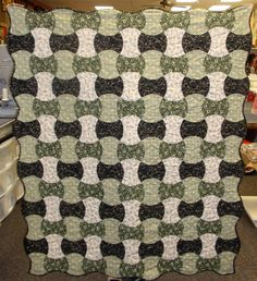 Apple Core Quilt Kit - Tavern Collection fabric line. $62.00, via Etsy.
