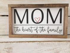 Unique Gifts For Mom, Great Mothers Day Gifts, Mothers Day Crafts, Gifts For New Moms, Mothers Day Signs, Signs For Mom, Mother's Day Deals, Distressing Painted Wood, Wood Craft Patterns