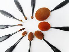ToothBrush Shape Oval Makeup Brush Set / Review Makeup Brush Dupes, Makeup Brush Set, Affordable Makeup Brushes, Sally Beauty, Beauty Review, Matte Lips, Beauty Trends, Makeup Addict, Tools