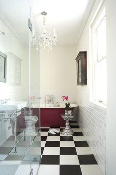 Victorian doesn't have to be 'olde worlde'. This bathroom demonstrates that a classic style can also have a contemporary feel with Pantone colour of the year: Marsala Marsala, Bathroom Inspiration, Interior Inspiration, Bathroom Ideas, Bathroom Trends, Victorian Bathroom, Black And White Tiles, Beautiful Bathrooms, Modern Bathrooms