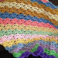 Irish Wave Baby Afghan Crochet pattern by Bizzy Crochet