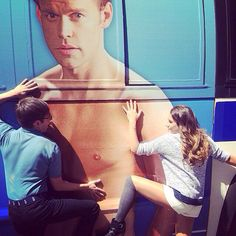 Kevin and Lea getting on Chord's giant torso