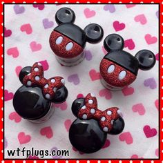 IVE BEEN LOOKING FOR MICKEY AND MINNIE PLUGS SINCE FOREVER OMG