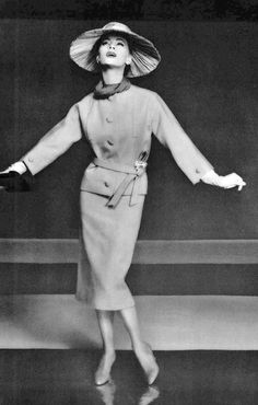 1956 Ghislaine Arsac in beige gabardine suit by Christian Dior, photo by Guy Arsac