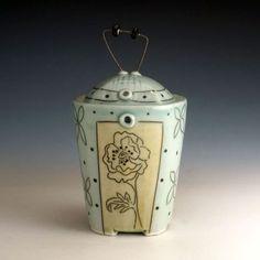 Julie Wiggins, Vine Jar
