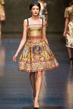 Dolce & Gabbana Fall Winter 2013 - Milan Fashion Week