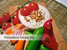 Der Chia Pinienkern - Sesam Dip passt hervorragend zu Gemüse und Brot... Viel Vergnügen beim Dippen!