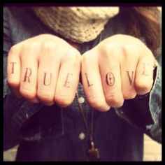 Knuckle Tattoos by SusyJack
