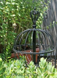 2 wire hanging baskets and a lamp or curtain rod finial and voila~~~Repurposed Garden Orb - Gardening For You Garden Junk, Diy Garden, Garden Crafts, Dream Garden, Lawn And Garden, Garden Projects, Garden Landscaping, Recycled Garden, Landscaping Ideas