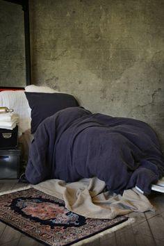 Midnight Blue natural stonewashed linen duvet/quilt/doona cover. Medium weight linen. All year round bedding.  Gorgeous, darkest shade of