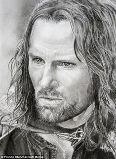 The most life-like drawings you will ever see: Incredibly detailed pictures of Hollywood stars drawn by HAND Viggo Mortensen playing the character Aragorn in the film Lord of the Rings Tolkien, Aragorn, Legolas, Thranduil, Hobbit Art, O Hobbit, Lord Of Rings, Lotr Trilogy, Best Eyebrow Products