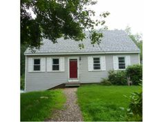 SOLD - Raymond, NH - Looking for a Cape in great condition, neat as a pin and new kitchen counter tops plus many other updates. Perfect commuter location,