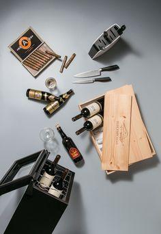 Jogo de facas, adega, caixa de vinho: sugestões de presentes para os pais (Foto: Sendi Morais / ÉPOCA SP)