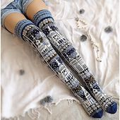 Fair Isle Knitting, Knitting Socks, Old Sweater Diy, Clothing Patterns, Knitting Patterns, Cute Stockings, Knit Leg Warmers, Hunter Boots Outfit, Fashionable Snow Boots