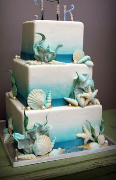 Beachy wedding cake
