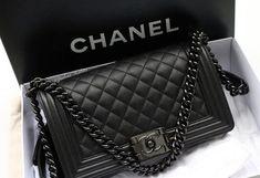 Chanel so black boy! medium size big New Chanel so black boy! Luxury Bags, Luxury Handbags, Fashion Handbags, Fashion Bags, Designer Handbags, Fashion Mode, Designer Bags, Trendy Fashion, Luxury Purses